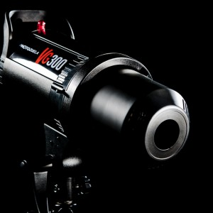 New Vegas 300ws Studio Flash Bowens Mount with Free Godox Remote Control FT-16