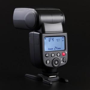 Godox-V850-8.jpg